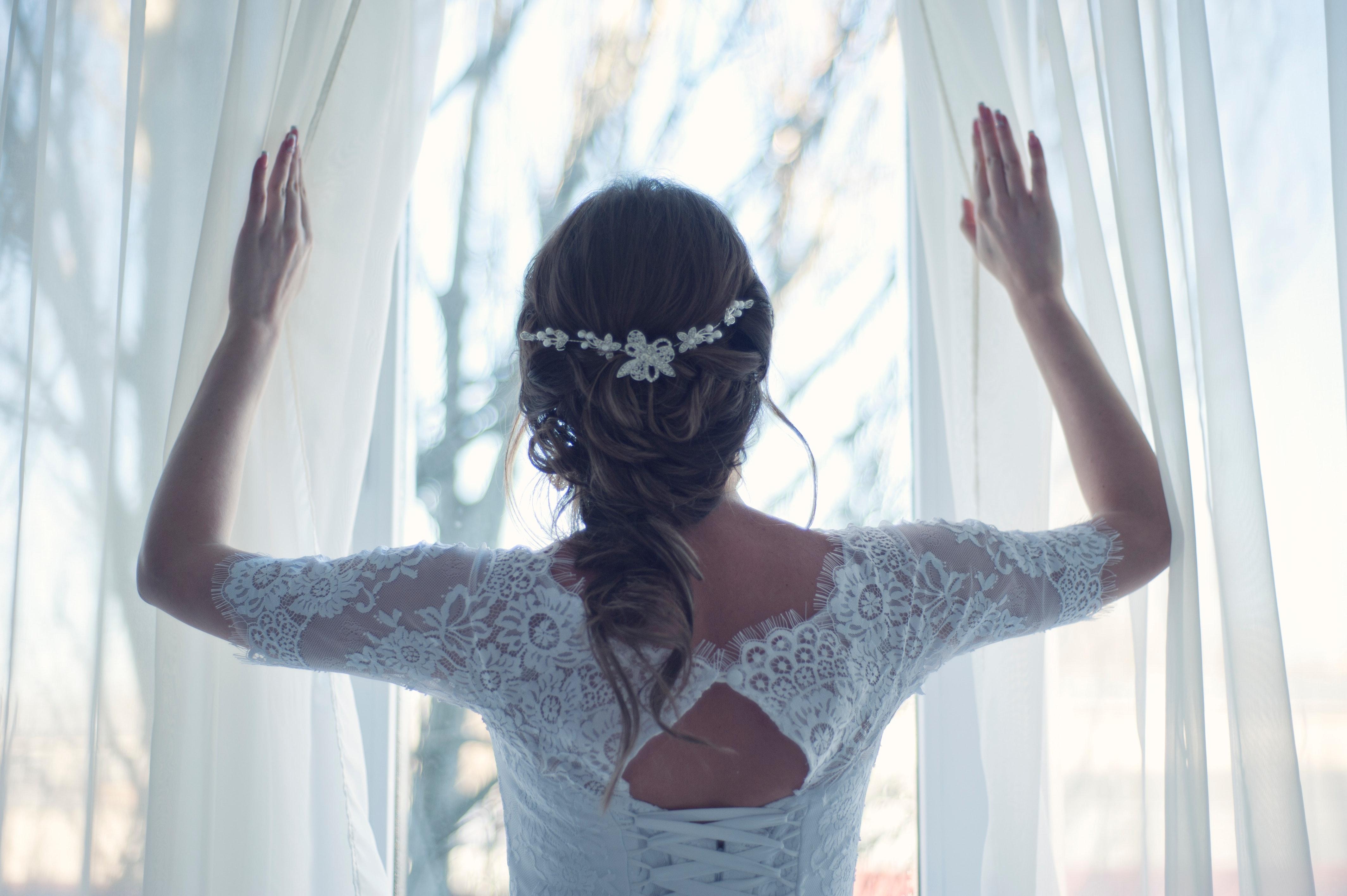 adult-bridal-bride-341372